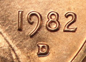 1982 D Small Date Lincoln Memorial Cent Penny Value - Watch